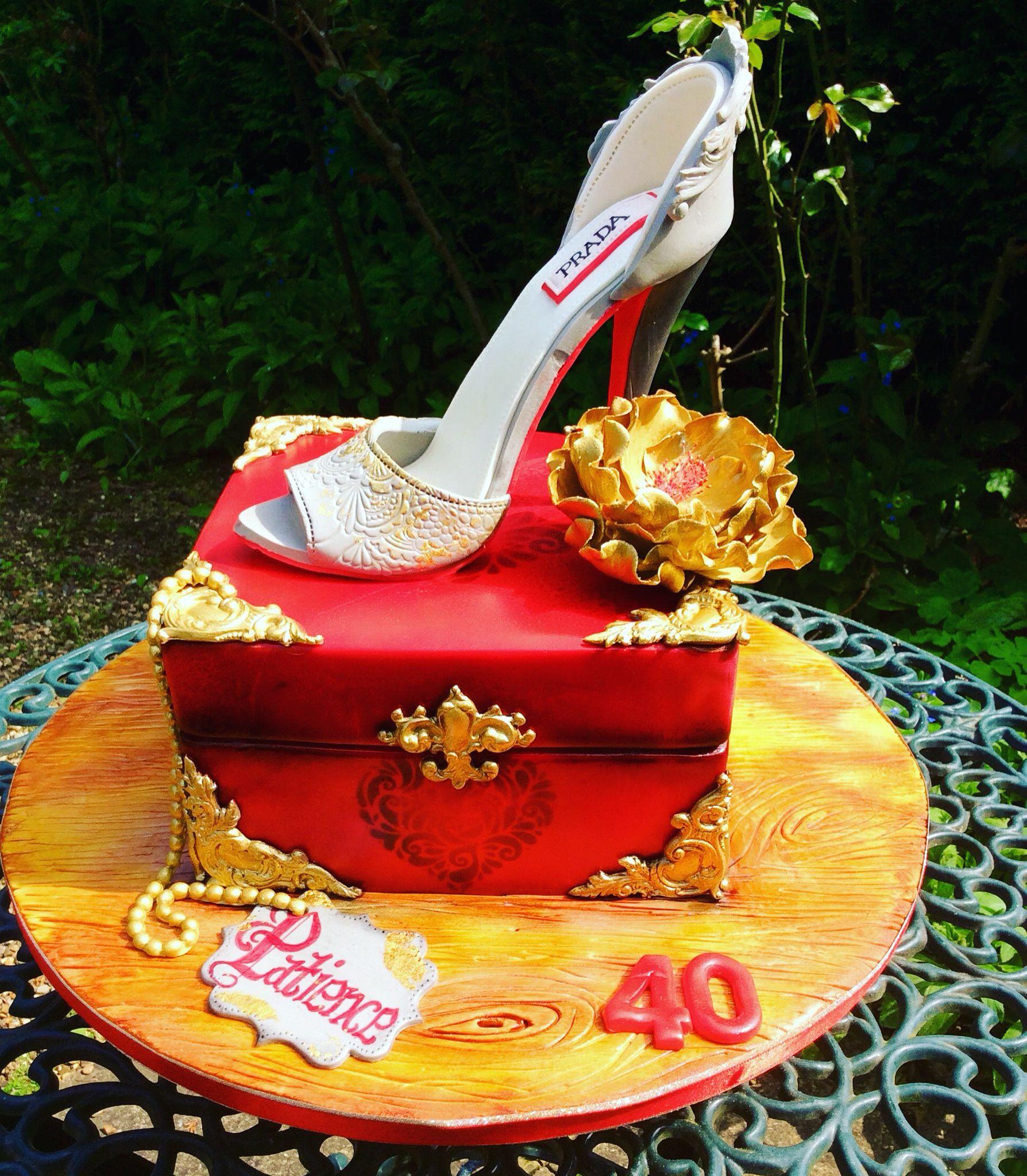 birthday cake muffins box