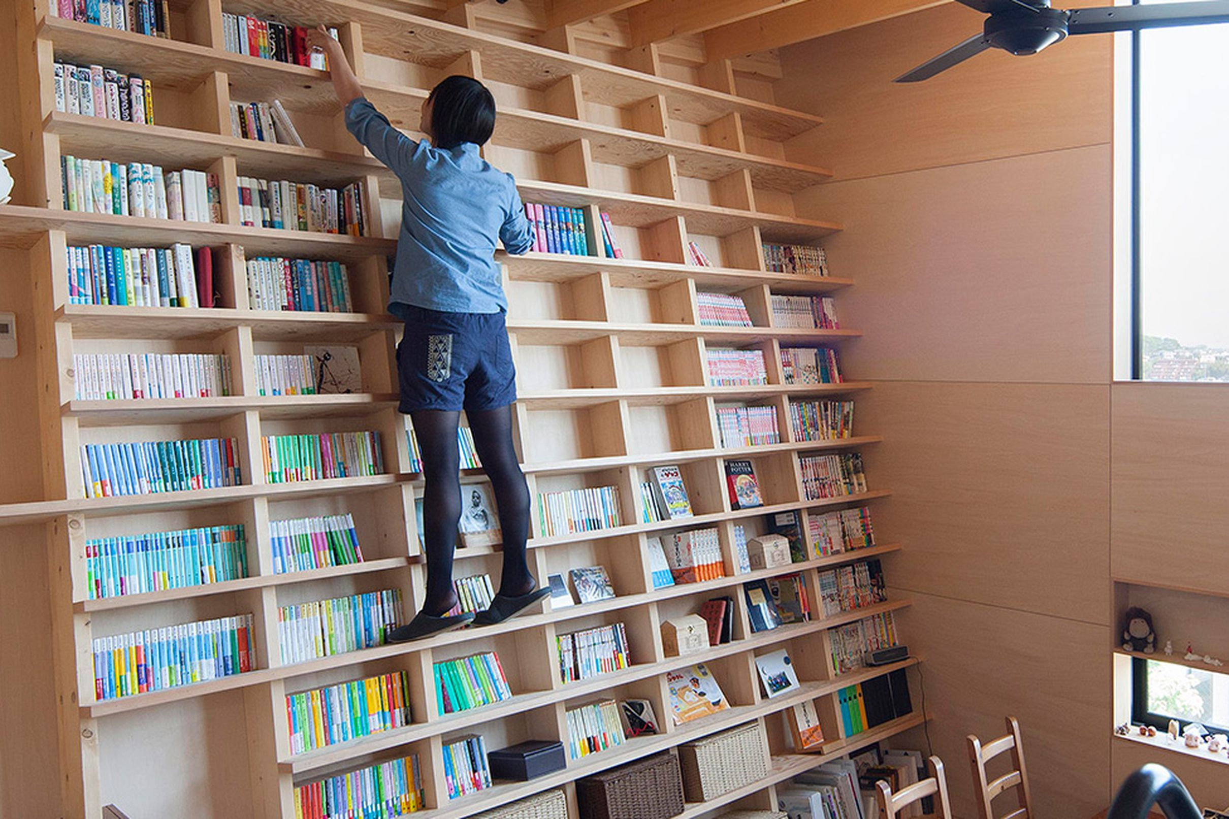 Climbable builtin bookshelf doesnut need a library ladder home