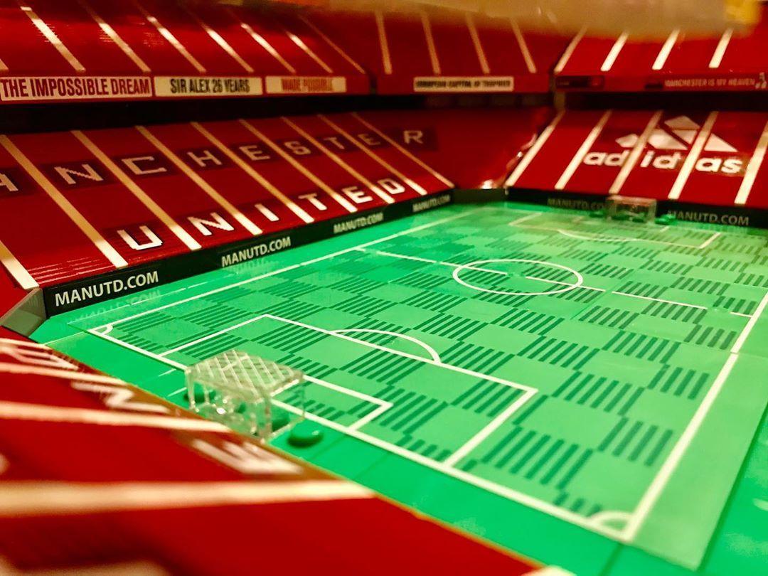 """Lego_Gebbi on Instagram: """"Die besten Grüße aus dem Old Trafford 😁😁😁 die Heimat der Red Devils 😈  #manchesterunited #manchester #manchester_united #manchesterunitedfc…"""""""