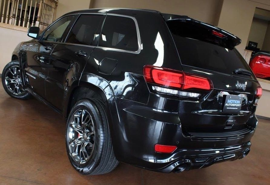 Pin By Todd Torres On Wk2 Srt Jeep Cherokee Jeep Srt8 Jeep