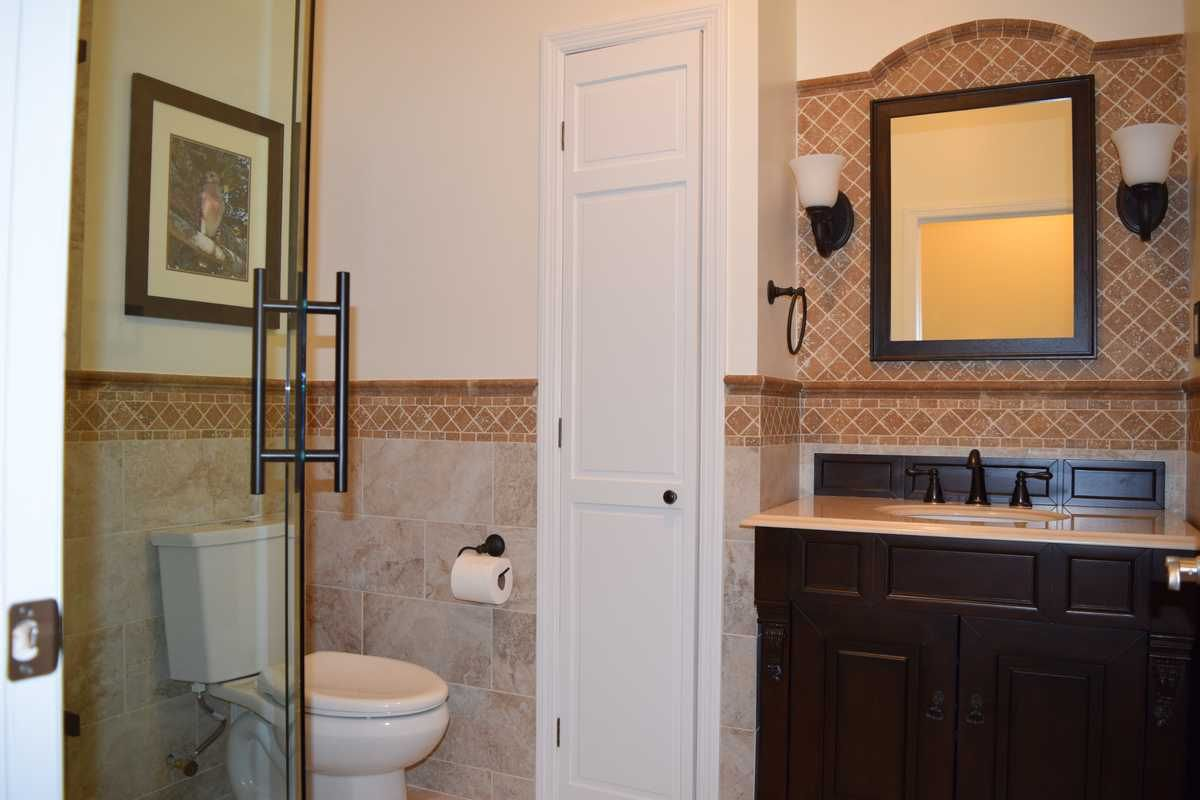 Jacksonville Bath with Vanity and Closet | Florida design ...