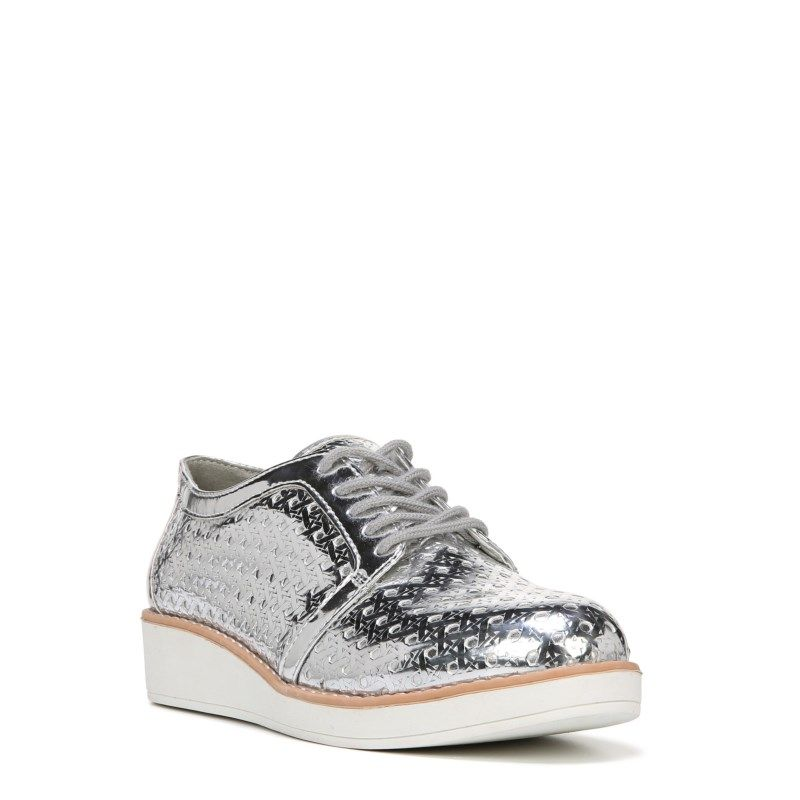 Fergalicious Women's Everly Oxford Shoes (Silver)