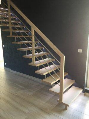 Escalier Autoportant Groseille Avec Images Escalier Groseille