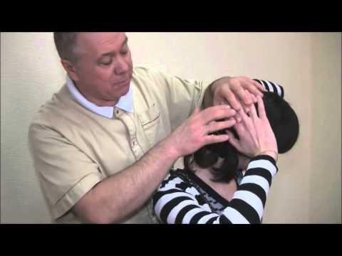 Упражнения для релаксации спазмированых мышц шеи - изометрическая релаксация. Снять напряжение мышц - YouTube