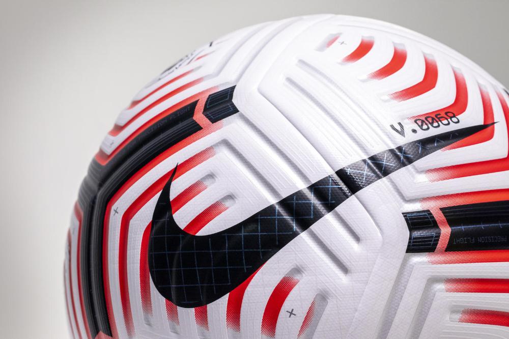 Premier League Kicks Off 2020 21 Season With Nike Flight Ball In 2020 Nike Flight Premier League Nike