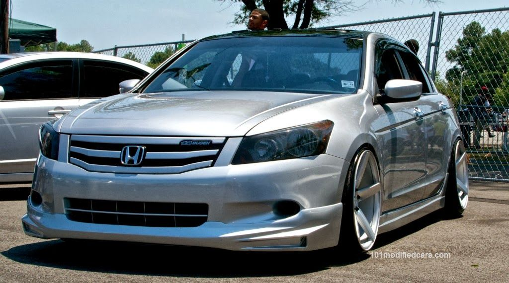Modified Honda Accord Mugen Sedan 8th Generation Honda