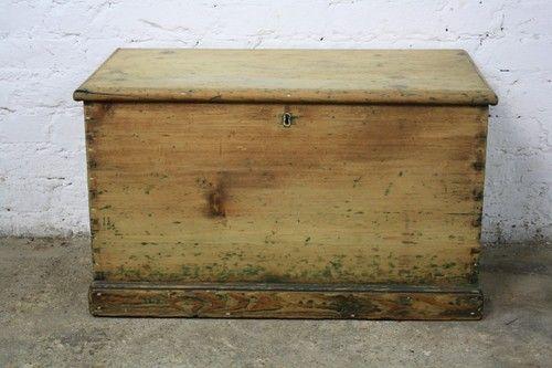 Vintage Antique Pine Old Wooden Chest Trunk Blanket Toy Box Wooden Chest Trunks And Chests Old Wooden Boxes