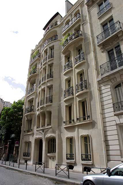Immeuble Tremois, Paris, by Hector Guimard