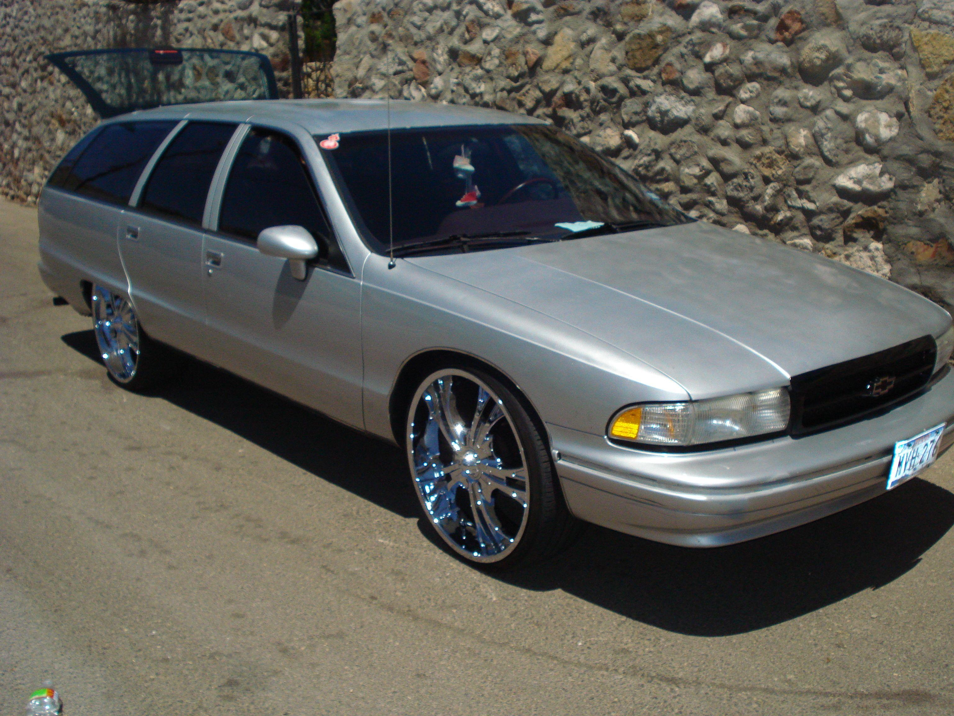 1995 chevy caprice impala ss wagon  [ 3072 x 2304 Pixel ]