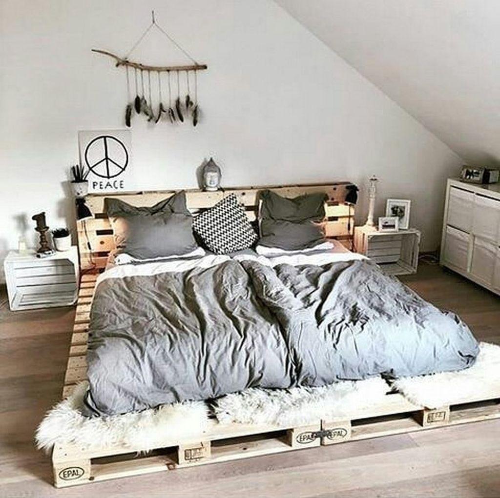 20+ Amazing Bedroom Pallet Design Ideas | Bedroom design ...