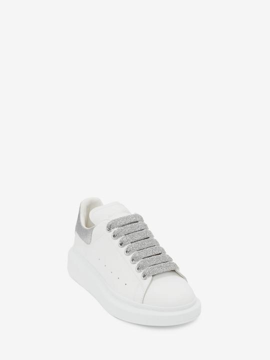 Oversized Sneaker In White Gold In 2020 Alexander Mcqueen Oversized Sneakers Sneakers Alexander Mcqueen Sneakers