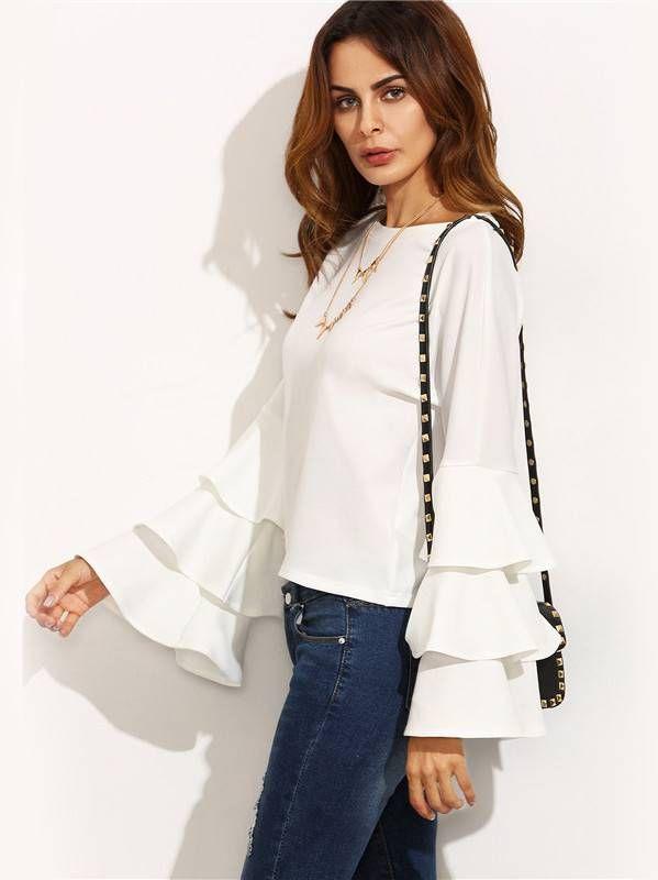4ce963da78 Blusa Branca com Babados na Manga - Compre Online Camisa De Babados