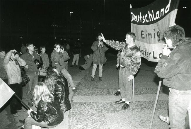 Dieses Bild entstand am 20.01.1990 auf einer Montagsdemonstration in Leipzig