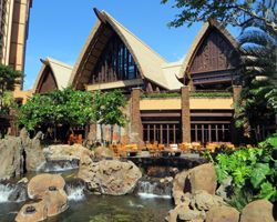 Disney Aulani Resort Is Designed To Look Like Hawaiian Thatched Huts