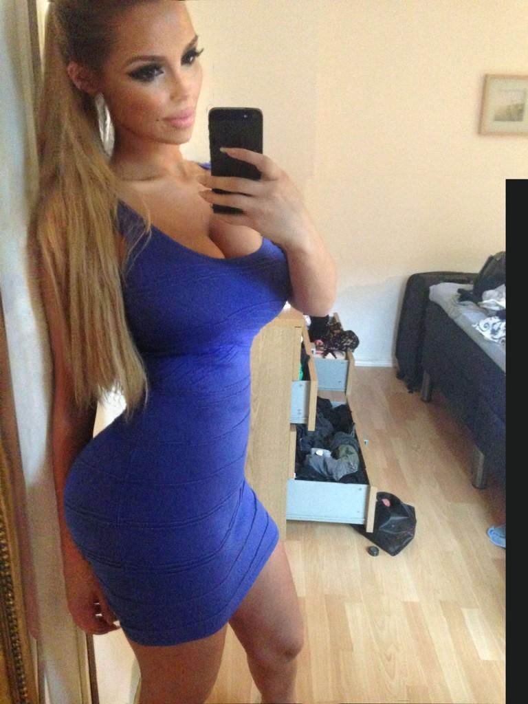 Swedish Thick Girl Selfies Sexy Dresses Tight Dresses Short Dresses Nice Dresses