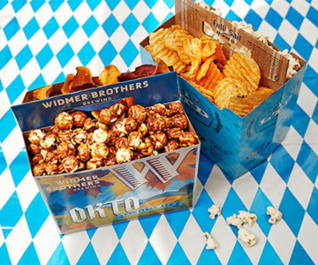 How to Throw an Oktoberfest Party at Home #octoberfestfood