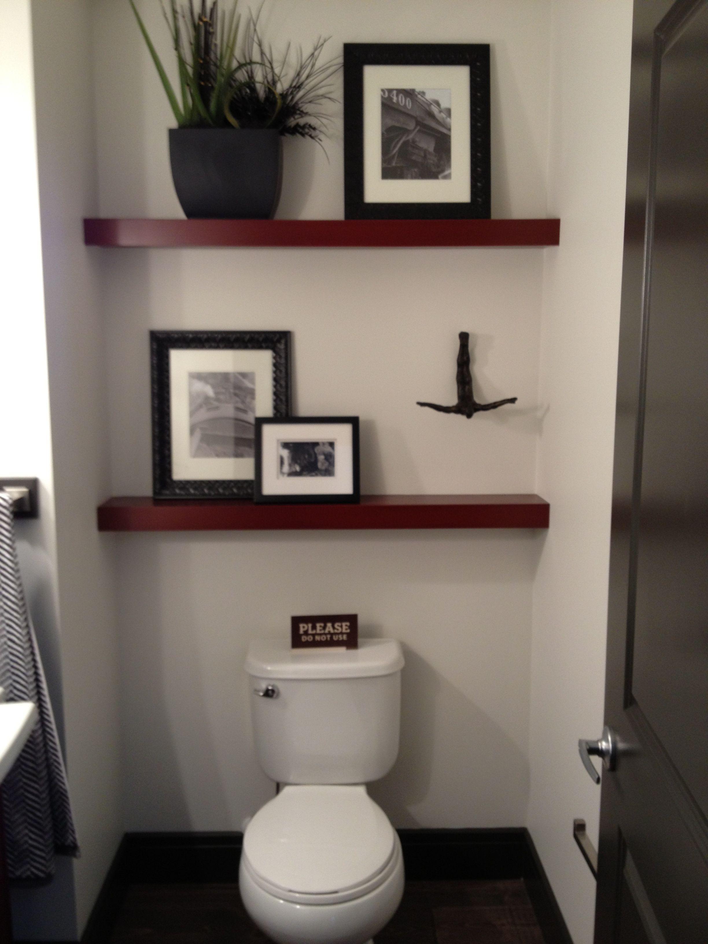 35 beautiful bathroom decorating ideas small bathroom for Beautiful tiny bathrooms
