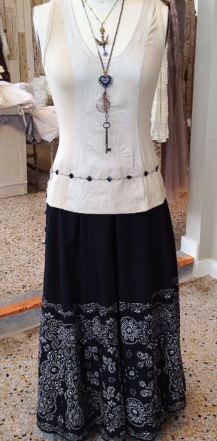 This elegant summer look is a style must have! Skirt by Tasha Polizzi Top by Illia