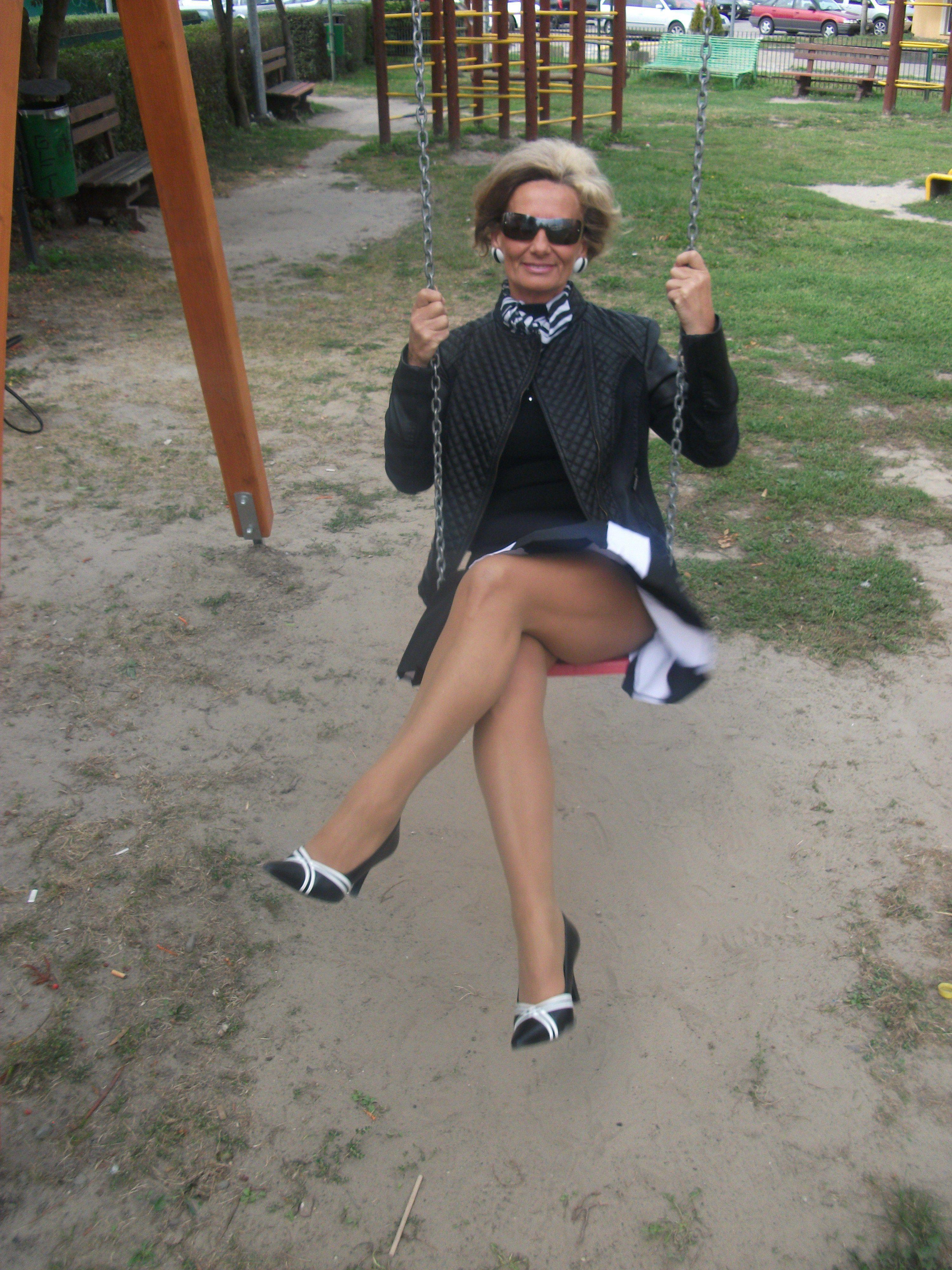Sexty girls legs — pic 13