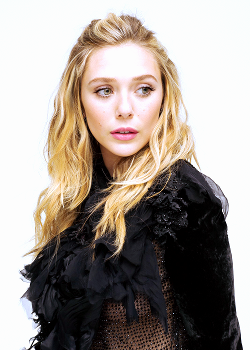 Elizabeth Olsen Photographed By Todd Cole For L Officiel Magazine X Elizabeth Olsen Olsen Elizabeth Olsen Scarlet Witch