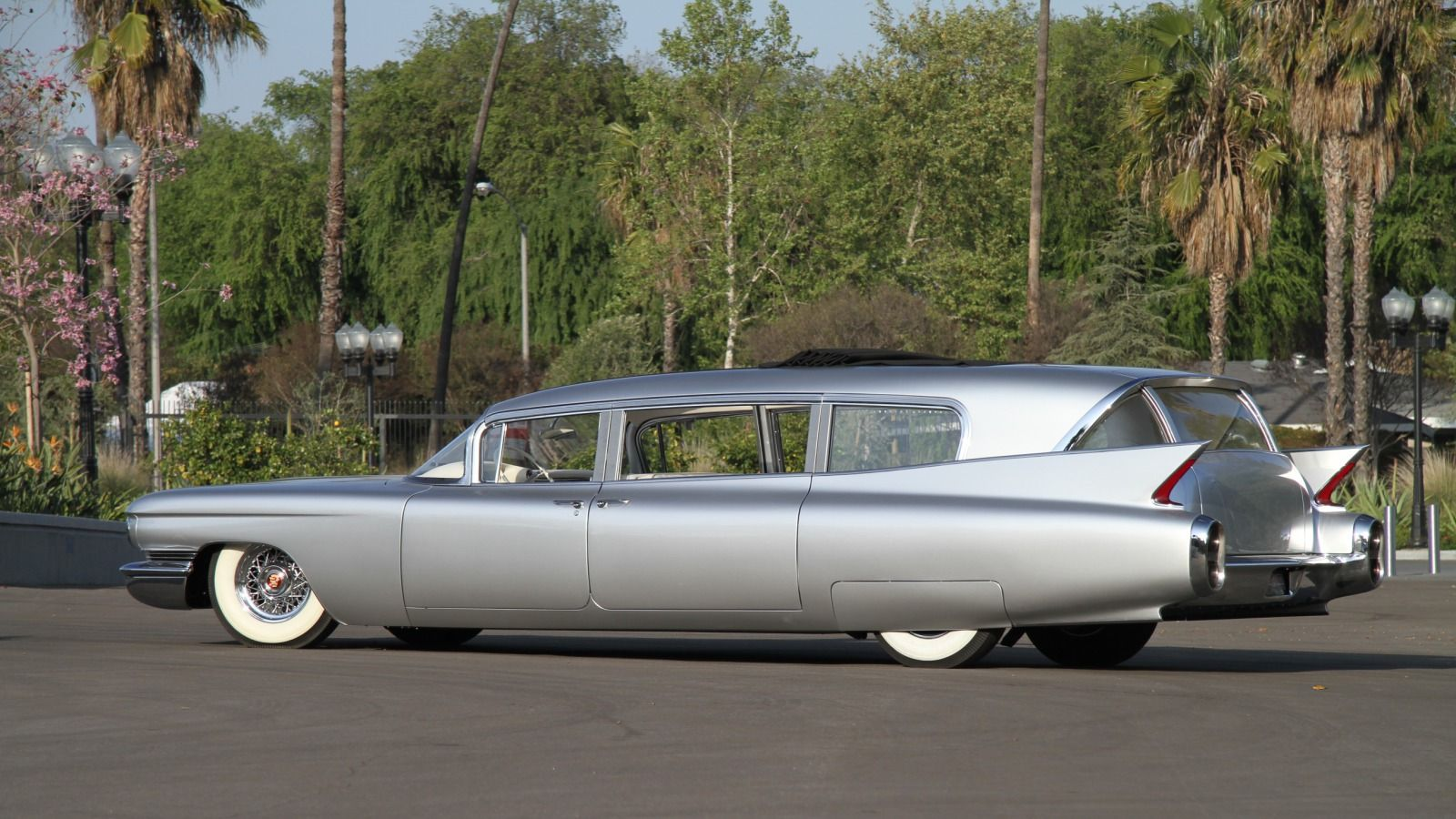 Cadillac miller meteor limo style endloader the ghostbusters ecto 1 was a 1959 cadillac miller meteor ambulance vehicles pinterest 1959 cadillac