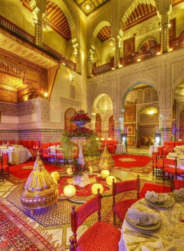 Trendy salle de mariage avec dcoration marocaine dco salon for L orient express salon marocain