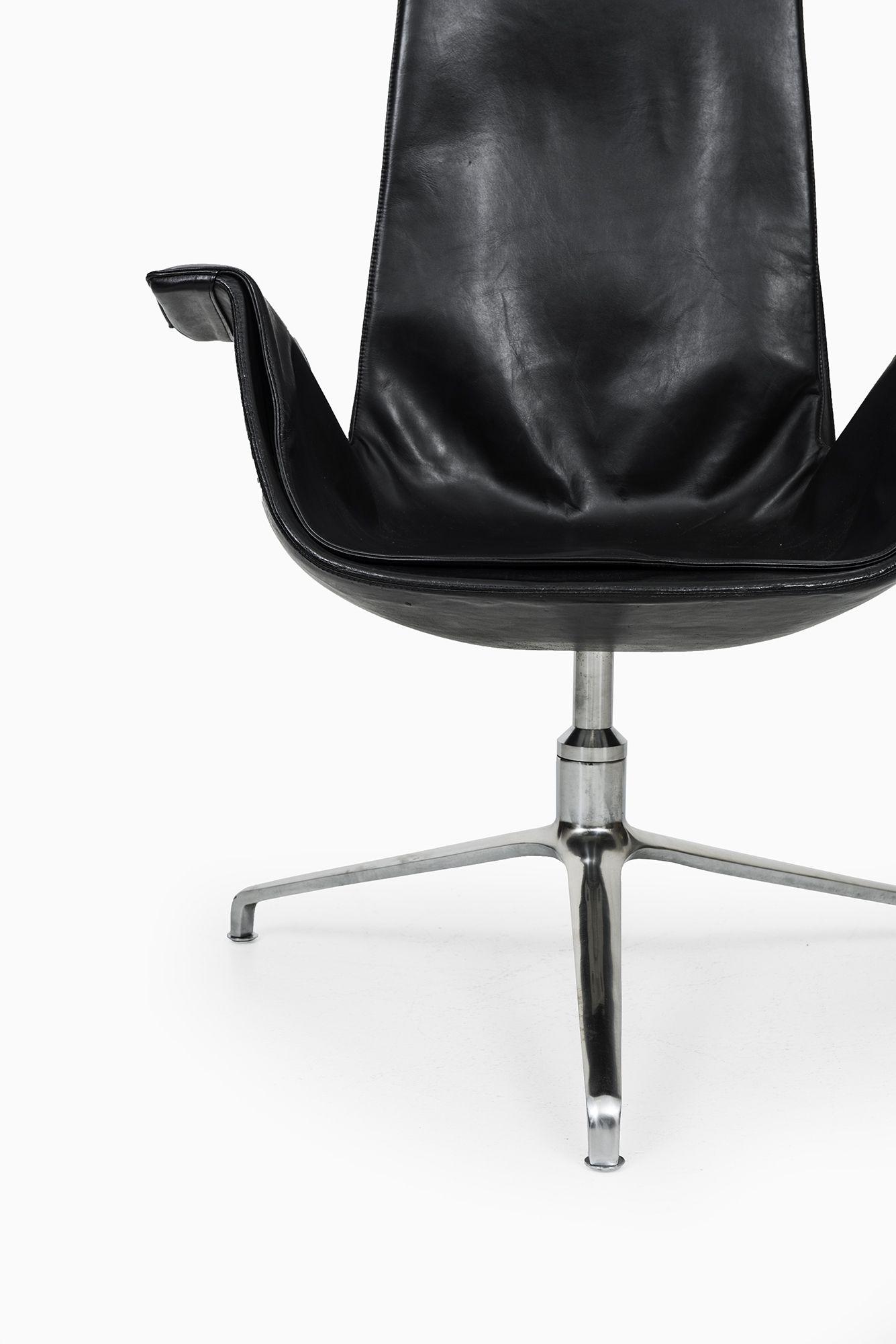Preben Fabricius & Jørgen Kastholm armchairs model FK6725 at Studio Schalling