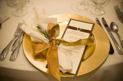 Gold and brown wedding table setting | Centerpieces and Tableware ...