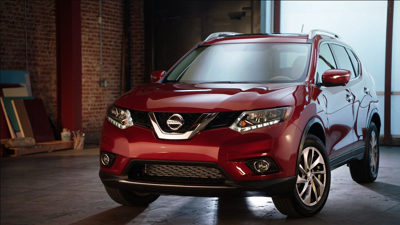 2015 Nissan Rogue® Crossover in Cayenne Red Nissan rogue