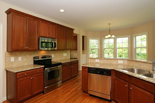 Oak Hall 419 Kitchen For The Home Kitchen Cabinets Painting
