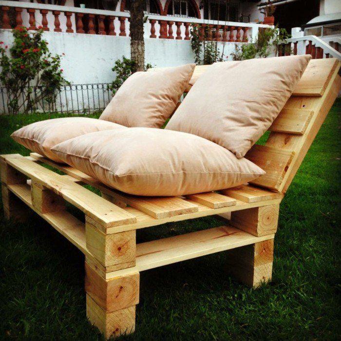 comment fabriquer un canap en palette tuto et 60 super ides - Fabriquer Son Salon De Jardin Avec Des Palettes