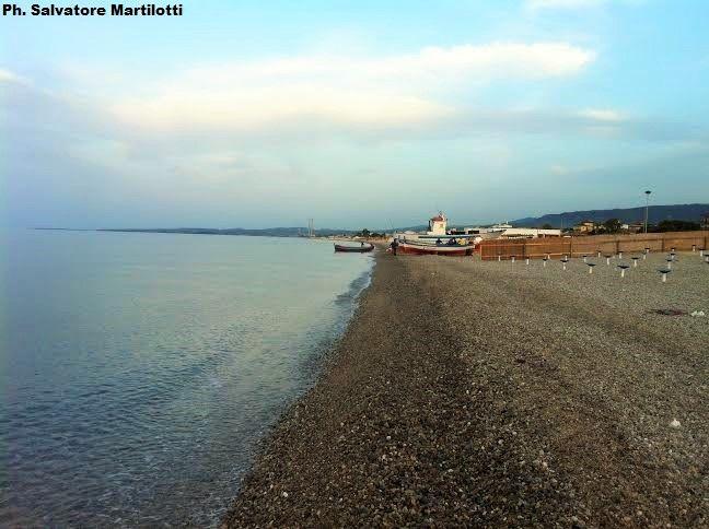 Solstizio d'estate, il tramonto sulla costiera jonica! Ph.Salvatore Martilotti Calabria/Schiavonea
