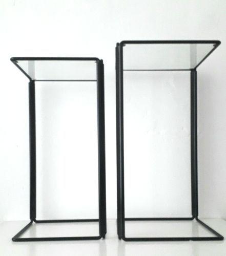 Minimalistische Satztische aus Metall & Glas Satztische