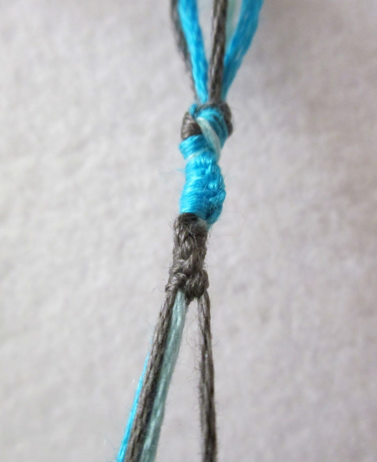 The Red Kitchen: Lots Of Knots Friendship Bracelet (a Tutorial In 6 Easy  Steps