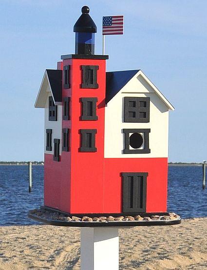 Firma Montauk Point Faro Birdhouse, calidad artesanal decorativos Casas del pájaro en Songbird Jardín