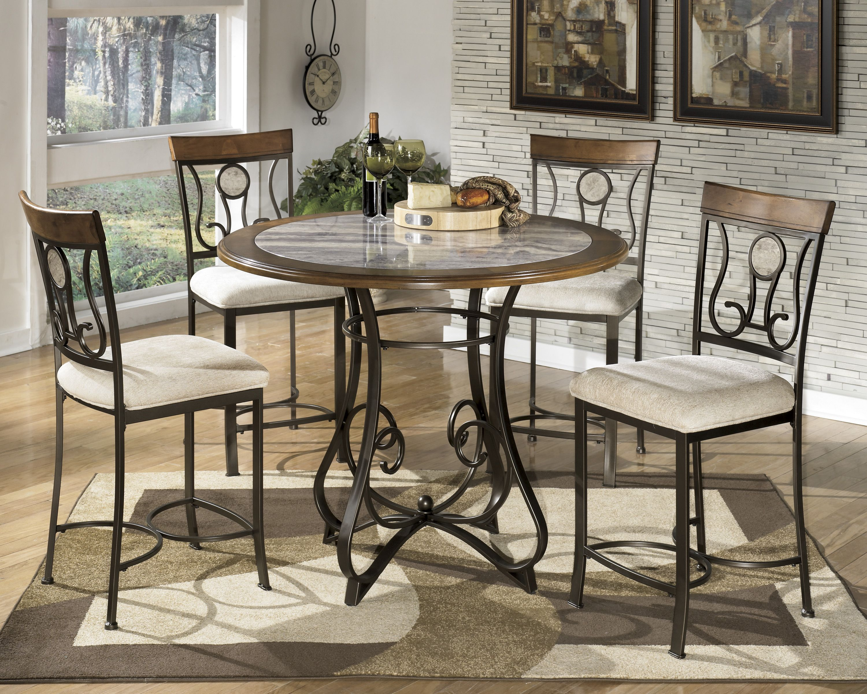 The 39 hopstand 39 44 round counter height table 4 stools for Tall dining tables small spaces
