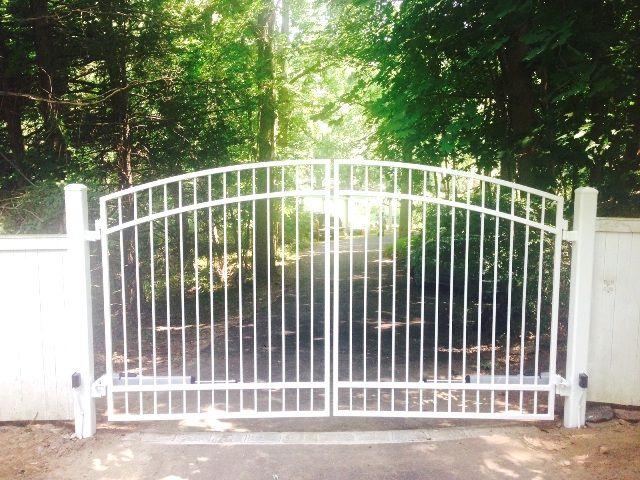 Basic white wrought iron 4-rail driveway gate | Iron gates ...