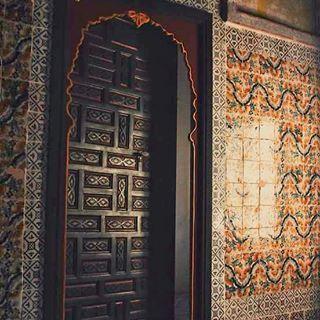 #palaisdubey #door #doors #oriental #islamic #arabic #zelij #authentic & palaisdubey #door #doors #oriental #islamic #arabic #zelij ...