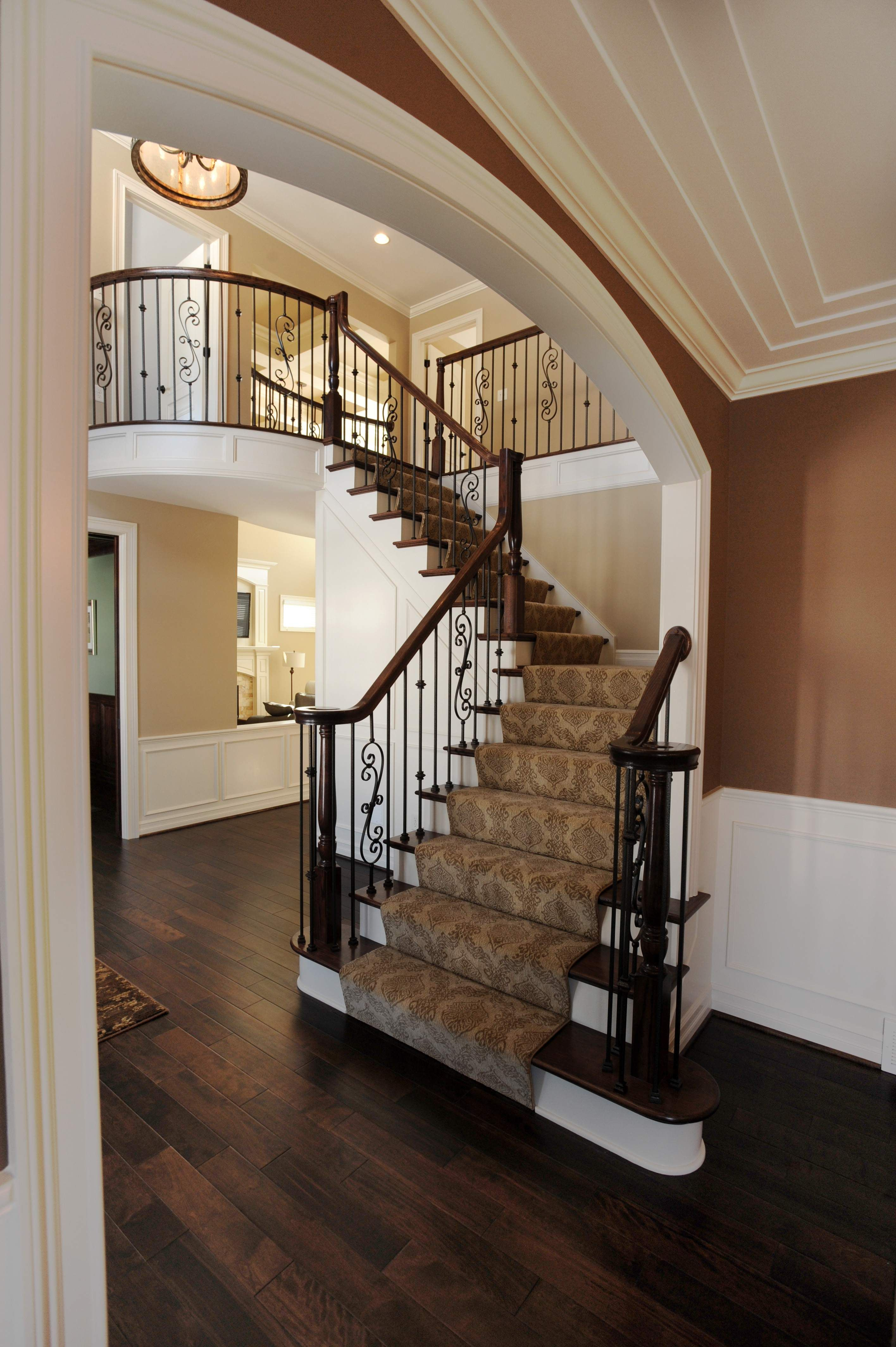 Best Wooden Stairs With Carpet Cast Iron Spindles Laminate 640 x 480