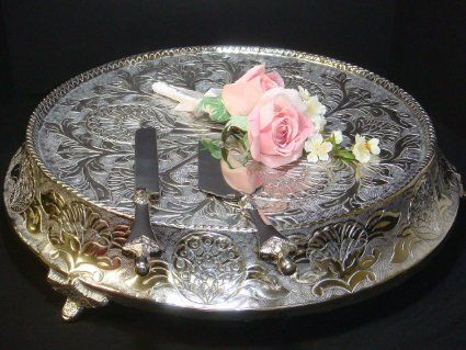 """Amazon.com: Glittering Silver Wedding Cake Stand Tapered 16"""" Round: Kitchen & Dining"""