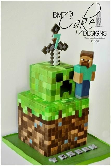 minecraft cake with character creeper decoration and. Black Bedroom Furniture Sets. Home Design Ideas
