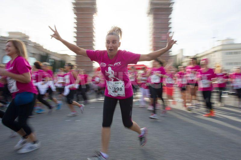 Barcelona hosts largest female sport event IX Carrera de