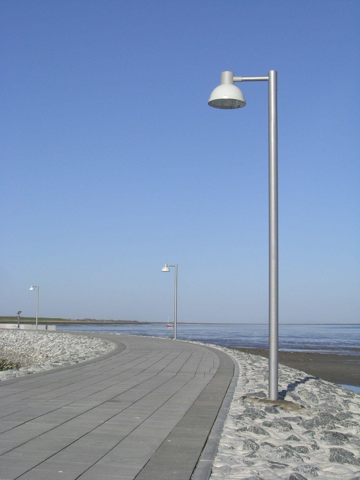 Lp icon post by louis poulsen exterior pedestrian post - Commercial exterior lighting manufacturers ...