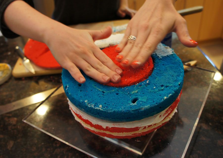 How to Make an American Flag Cake for the 4th of July #americanflag