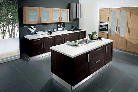 Diseño, fabricación y montaje de cocinas de madera moderna. Amplia ...
