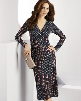 2086e7cc2c981 Going out – the Italian way  glam up this printed jersey dress with glossy  patent leather accessories for top-to-toe style