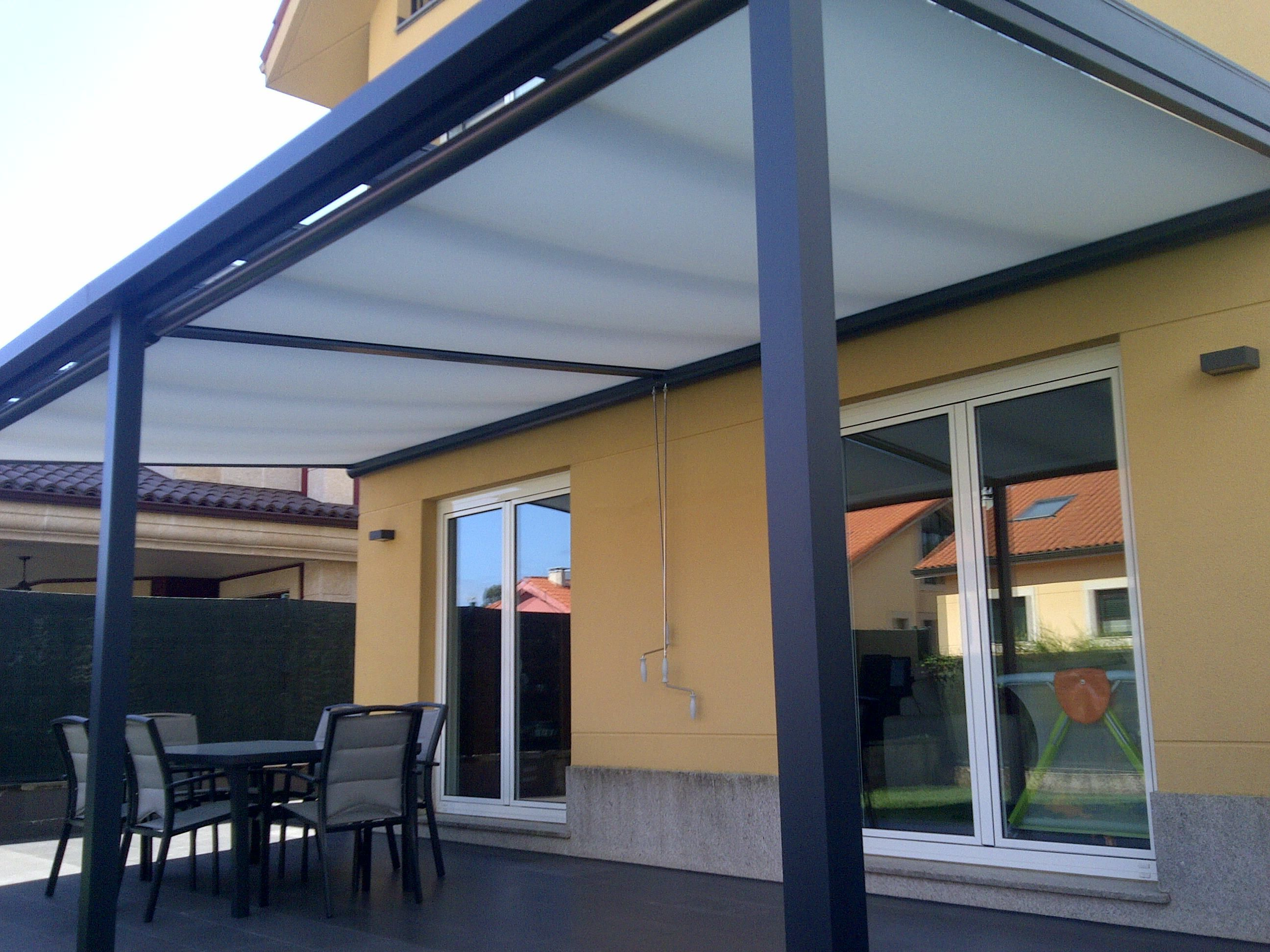 Toldo enrollable exterior cheap toldos with toldo - Cortinas para porche exterior ...