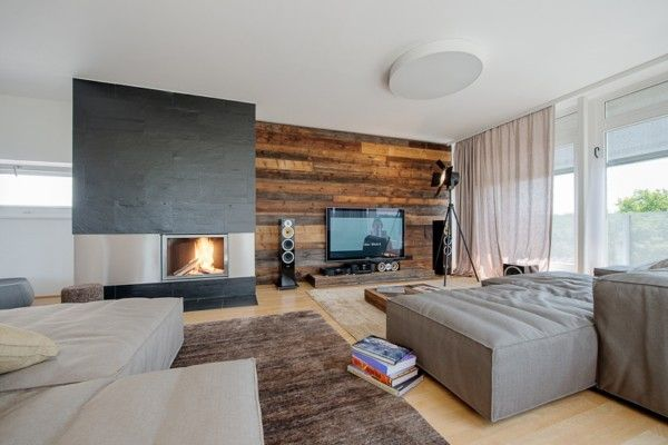 wandverkleidung holz modernes wohnzimmer kamin ecru sofa | media ...