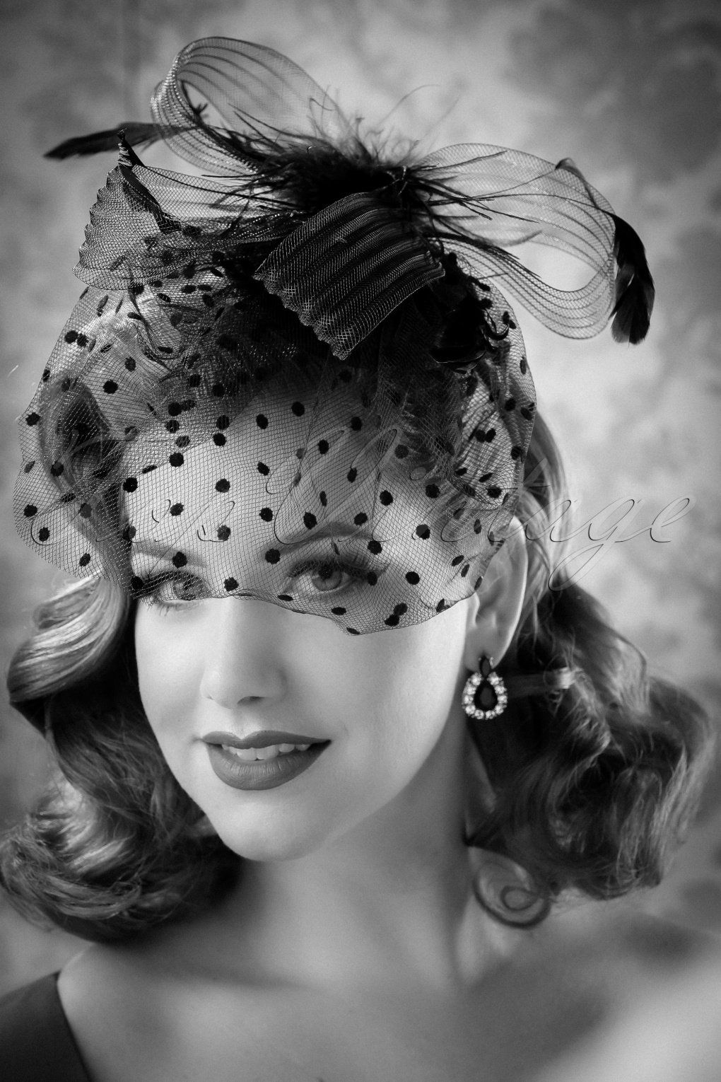 1950s Hats: Pillbox, Fascinator, Wedding, Sun Hats