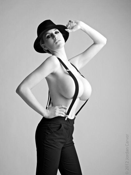 Suspenders Nude 96